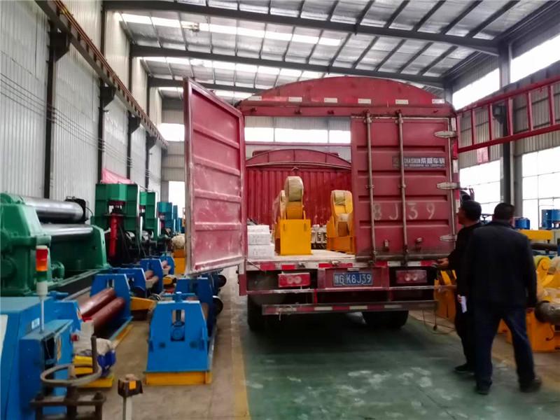 佰友20吨滚轮架 (2).jpg